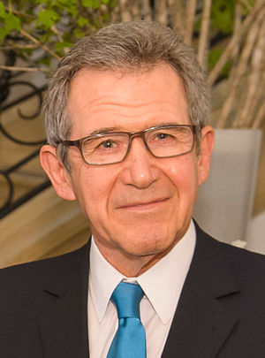 Lord John Browne at the L1 Energy launch New York (cropped).jpg