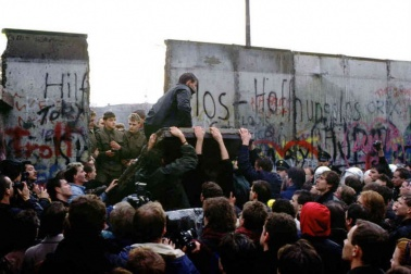 Berlin wall end.jpg