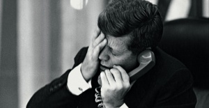 File:Kennedy phone call.jpg